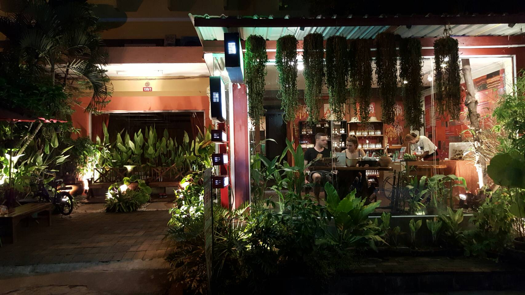 chai massage on  Loi Kroh Soi 1 Mueang Chiang Mai